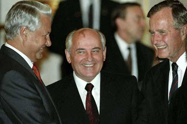 За что я не люблю М. С. Горбачева и Б. Н. Ельцина.