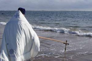 Святой Крест и воды океана.