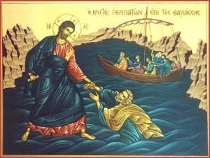 По воде на лодке и по воде пешком. Апостол Петр идет по воде.